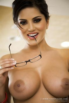 Sunny leone nude images