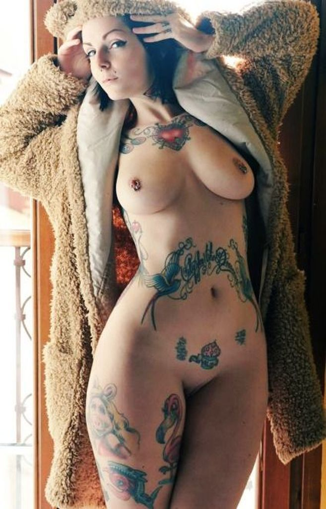 Images ofgirls with tattoos naked